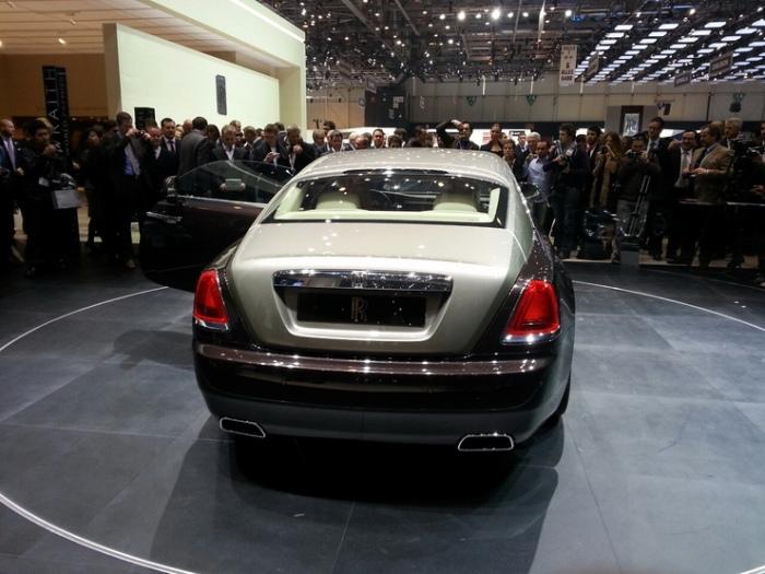 Rolls-Royce-Wraith-geneva-motor-show-live-5_resize