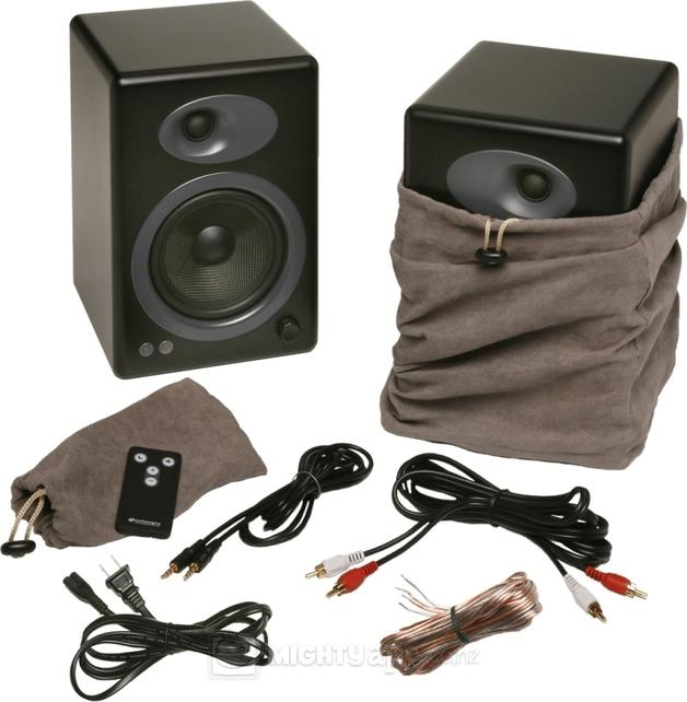 Audioengine-5-Powered-Bookshelf-Speakers-Pair-Semi-Matte-Black-10011254-7