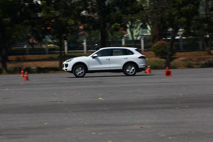 Cayenne S E-Hybrid (56)
