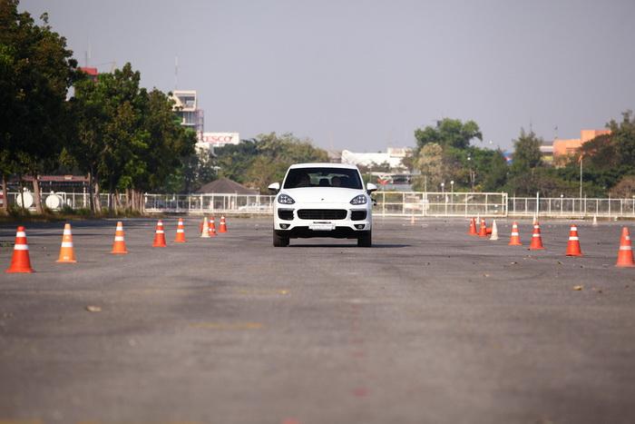 Cayenne S E-Hybrid (68)